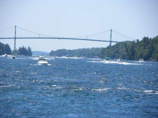 1000 islands bridge US Canada